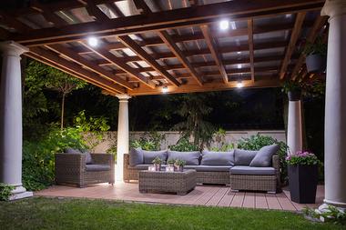 Medium iluminacion exterior 1.2